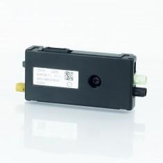BMW  F16  X6  Antennenverstarker AM/FM  Antenna Booster  Diversity  6520 9353216