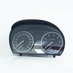 BMW E84 E90 E91 E93 Instrumentenkombi I-Kombi benzin Cluster Tachometer A186225